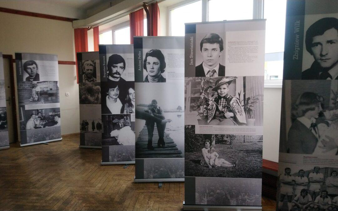 """Spotkanie w Środowiskowym Domu Kultury w Skopaniu z okazji 40 rocznicy pacyfikacji Kopalni """"Wujek"""""""